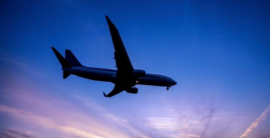 海外保険や航空券まで手配